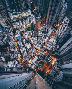 Edward Barnieh is a talented self taught photographer from London, who currently based in Hong Kong. Edward uses Sony A7ii camera, he shoots a lot of urban, travel, portraits and landscape photogra…