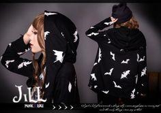 american-street-punk-visual-wind-element-bats-giddy-print-poncho-parka-jacket