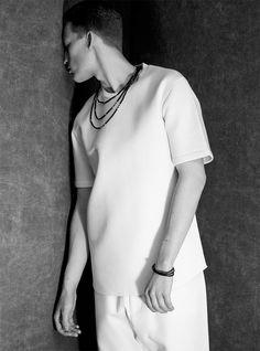 Vman Magazine, Men Online, Minimal Fashion, Light Photography, White Light, Menswear, Mens Fashion, My Style, Casual