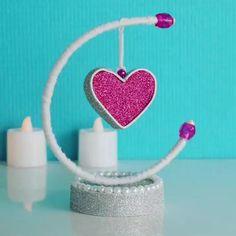 Diy Crafts For Home Decor, Diy Crafts Hacks, Diy Crafts For Gifts, Diy Arts And Crafts, Craft Stick Crafts, Creative Crafts, Cool Paper Crafts, Paper Crafts Origami, Cardboard Crafts