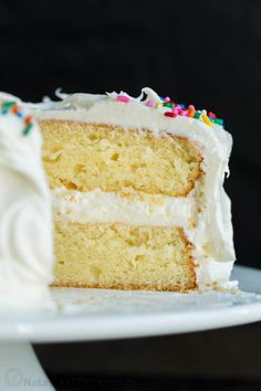 This easy Vanilla Cake has a soft and moist crumb and makes the perfect birthday cake! Everyone needs a great vanilla cake recipe and this is our go-to. Easy Vanilla Cake Recipe From Scratch, Best Vanilla Cake Recipe, Homemade Vanilla Cake, Vanilla Cake Mixes, Cake Recipes From Scratch, Cale Recipe, Easy Homemade Cake, Homemade White Cakes, Homemade Cake Recipes