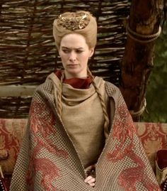 Judgy Braids  Season 1, episode 4: No one throws shade like Cersei.