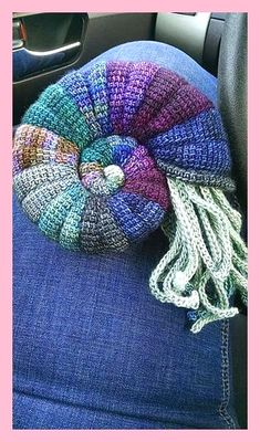 Ammonit pattern by Tanja Osswald 2019 andere farben. idee is gut The post Ammonit pattern by Tanja Osswald 2019 appeared first on Yarn ideas. Crochet Gratis, Crochet Amigurumi, Amigurumi Patterns, Free Crochet, Knitting Patterns, Knit Crochet, Crochet Patterns, Crochet Fish, Ravelry Crochet