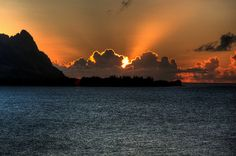 Hanalei Bay Sunset by McGinityPhoto, via Flickr