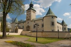 Czech Republic, Hungary, Explore, Mansions, History, House Styles, World, Castles, Manor Houses