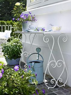 Wrought Iron table for outdoors