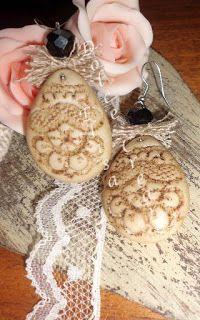 Orecchini stile Vintage - Shabby chic - Retrò in pasta di mais impressa a pizzo con juta naturale e pietra nera sfacettata