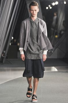 Factotum Tokyo Spring 2016 Fashion Show