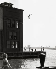Ruth Orkin, Boy Jumping Into Hudson River, 1948.