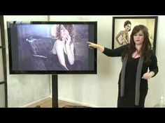Introduction - Glamour Photography with Sue Bryce .......so so good, absolutely stunning! makes me leap with excitement!! :-)