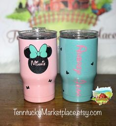 Baby Tumbler Custom Powder Coated Minnie Mouse - Double Wall Stainless Steel Insulated - PERFECT for toddlers! Mickey Mouse Cups, Minnie Mouse Theme, Kids Tumbler, Decorated Wine Glasses, Diy Tumblr, Cup Crafts, Custom Cups, Disney Crafts, Resin Crafts