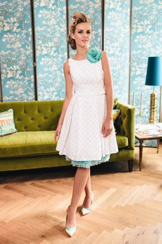 TOP 45 VINTAGE CHIC TEA-LENGTH WEDDING DRESS WITH COLOR