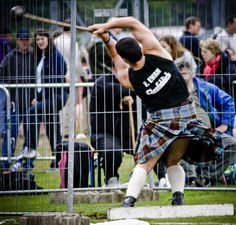 Bearsden Highland Games...Scotland. I want to see the Highland games !