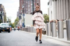 Street Style New York : découvrez les plus beaux looks de Street Style à New York pour trouver l'inspiration...