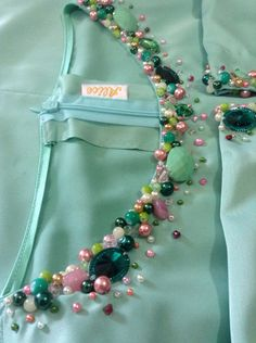 Ideas Embroidery Designs For Kurtis Handmade Embroidery On Kurtis, Kurti Embroidery Design, Pearl Embroidery, Hand Embroidery Dress, Embroidery Neck Designs, Hand Embroidery Videos, Bead Embroidery Patterns, Embroidery On Clothes, Couture Embroidery