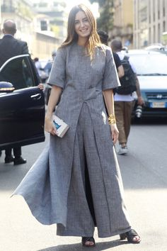The Best Street Style Looks From Milan Fashion Week Spring Summer 2016 Spring Fashion Outfits, Modest Fashion, Boho Fashion, Fashion Dresses, Milan Fashion, Womens Fashion, Runway Fashion, Fashion Trends, Street Style India