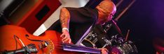 WONNA | events, techniek & muziek - Evenement-organisatie, event-techniek, licht, geluid, DJ, live band, cover-band en tribute-band boeken Rock N Roll, Rockabilly, Festivals, Music Instruments, Cover, Musical Instruments, Rock And Roll, Concerts, Blankets