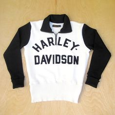 The folks at Gasoline Cowboys have produced some amazing competition sweaters commissioned by the official Harley-Davidson Museum. Harley Davidson Museum, Vintage Harley Davidson, Motorcycle Wear, Harley Davison, Engineer Boots, Vintage Jerseys, 1930s, Just In Case, Men Sweater