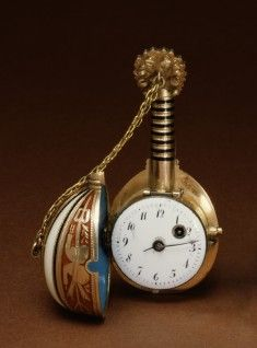 Mandolin-shaped watch 1830-1835