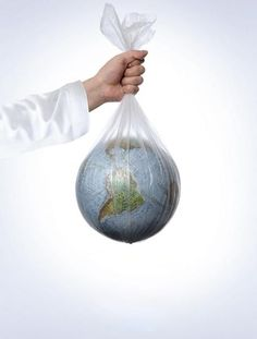 Zero Waste plastic air pollution 6 Steps to Tremendous Smooth Fashionable Hair Whether or not you wi Ocean Pollution, Plastic Pollution, The Blue Planet, Save The Planet, Design Web, Environmental Posters, Save Environment, Save Our Earth, Save Our Oceans