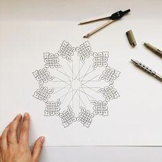 Celtic Patterns, Celtic Designs, Geometric Patterns, Geometric Designs, Geometric Art, Islamic Art Pattern, Arabic Pattern, Pattern Art, Art Ancien