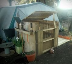 #Garden, #PalletCompostBin, #RecycledPallet