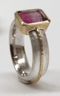 Sterling Silver Rings Bi-colour pink purple tourmaline set in 18 carat yellow gold, sterling silver Gold Diamond Earrings, Diamond Jewelry, Gold Jewelry, Jewelry Rings, Fine Jewelry, Silver Earrings, Vintage Jewellery, Diamond Pendant, Silver Bracelets