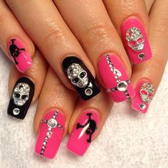 #skulls #nails #rhinestones @Nathalie Ortiz