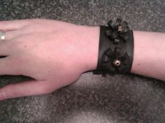 Bicycle tire bracelet / fietsband armband (made by MarciaV)