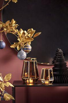 #kremmerhuset #julepynt #Julestemning #Jul #klassisk jul #Julen 2018 #Juletrend 2018 #kremmerhuset jul #juleglede #tradisjonell jul #elegant jul #jul Wonderful Time, Christmas Time, Elegant, Merry Christmas Love, Noel, Classy, Chic