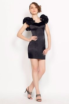 Chic & Modern Natural Waist Hourglass Satin Thin V-Neck Spring Cocktail Dress