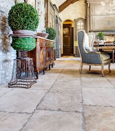 Beautiful Tuscan accessories and furniture