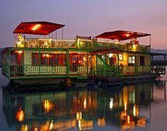 Houseboat Restaurant Montego Bay