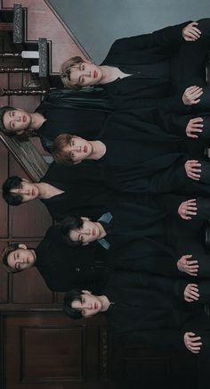 Bts Taehyung, Bts Bangtan Boy, Bts Jungkook, Foto Bts, K Pop, V Bts Wallpaper, Kitten Wallpaper, Les Bts, Bts Group Photos