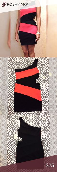 """🛍️ Sale 🛍️ NWT Black & Coral Party Dress New-with-tag party dress 🎉! Never worn. Measurements are taken laid flat...not worn. Length of dress is 25"""". Waist is 30.5"""". Bust is 33"""". 90% polyester and 10% spandex. XXI Dresses One Shoulder"""