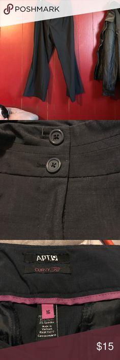Black dress pants Zipper and button closure Apt. 9 Pants Trousers