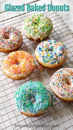 Easy Glazed Baked Donuts allow you to enjoy a sweet breakfast treat without the deep frying of a traditional donut. And who doesn't like to start the day with sprinkles? Easy Glazed Baked Donuts allow you to e Fried Cheesecake Bites Recipe, Cheesecake Recipes, Baked Donut Recipes, Baked Donuts, Baked Cake Donut Recipe Without Donut Pan, Doughnuts, Easy Desserts, Delicious Desserts, Dessert Recipes
