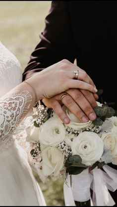 Getting Married, Heart, Flowers