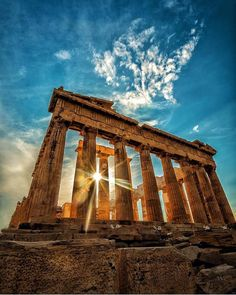 Around the world with me - The Parthenon - The Acropolis - Athens - Greece * *************** The Parthenon & The Rays - years later,… Greece Architecture, Nature Architecture, Ancient Architecture, Best Travel Instagrams, Travel Photos, Travel Ideas, Travel Inspiration, Ancient Ruins, Ancient Greece