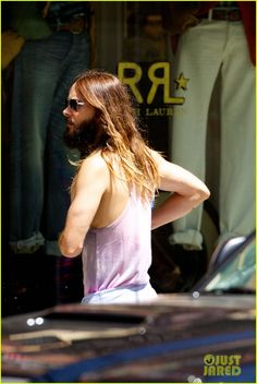 Jared Leto Chopped Off His Hair - See the New Photo!