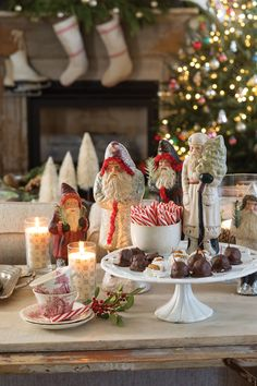 Christmas Treats, Christmas Holidays, Feather Tree, Pastel, Holiday Recipes, Holiday Foods, The Fresh, Wonderful Time, Tea Party