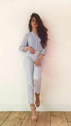 Discovered by McKenzie. Find images and videos about fifth harmony, camila cabello and on We Heart It - the app to get lost in what you love. Look Casual, Style Casual, Casual Chic, Casual Outfits, Cute Outfits, My Style, Baby Clothes Blanket, Fangirl, Boutique Fashion