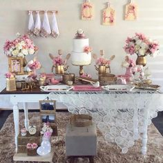Olha que fofo esse Chá de Panela💝 Inspiração por @finaflordecor_ Birthday Decorations, Table Decorations, Kitchen Shower, Retro Housewife, Burgundy And Gold, Baby Shower Parties, Happy Day, Open House, Tea Party