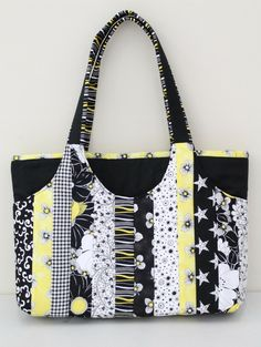 Cooper Carry-All Tote Bagmade by Donna & Ashleigh Ward - Sassafras Lane Designs