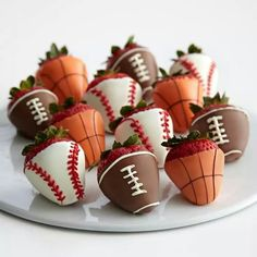 Sports-Themed White Chocolate & Chocolate covered Strawberries.