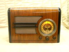 Old Antique Wood Firestone Air Chief Vintage Tube Radio - Restored & Working