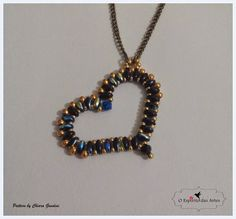 Blog on handmade beaded jewellery and beading designs.
