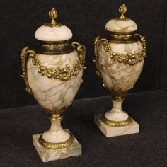 1750€ Pair of French potish vases in marble with bronze decorations. Visit our website www.parino.it #antiques #antiquariato #object #ceramic #pottery #collecibles #vase #antiquities #antiquario #collectible #decorative #interiordesign #homedecoration #antiqueshop #antiquestore