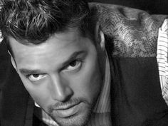 Ricky Martin, Puerto Rican singer and actor Ricky Martin, Puerto Rican Singers, Latin Men, Rick Y, Famous Men, Famous Faces, Famous People, Cinema, Good Looking Men