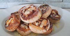 """Viljaton """"pullataikina"""" on ollut jo pidempään todoo listalla. Eilen sen sitten sain aikaiseksi. Ihastuin hampurilaissämpylätaikinani kauli... Bagel, Doughnut, Low Carb, Keto, Bread, Desserts, Recipes, Food, Healthy"""